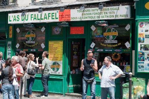 فلافل في وسط الحي اليهودي في باريس