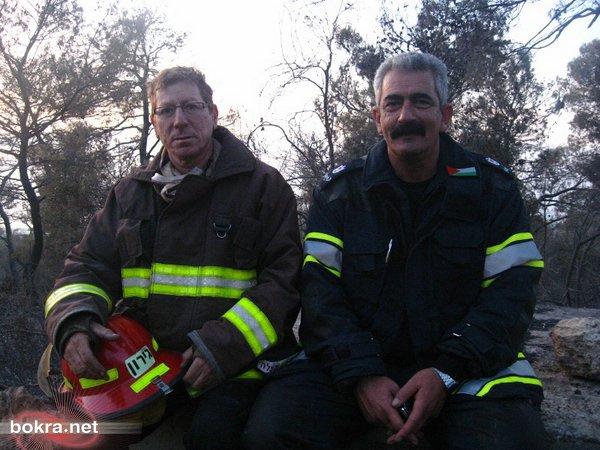 الضابطان الفلسطيني والإسرائيلي تحت فية (أنقاض) شجر الكرمل...