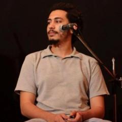 مايكل عادل، تحمله القصيدة من القاهرة إلى بيروت