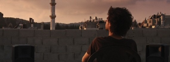 """""""حبيبي بيستناني عند البحر"""" للمخرجة ميس دروزة، يصل فلسطين"""