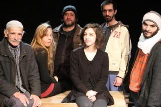 """مسرحية """"1945″ تقتطع مشهدًا من ذاكرة ما قبل النكبة"""