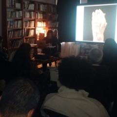 حيفا: ستيف سابيلا يفكك شيفرة الصّورة في الغرفة المظلمة