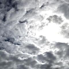 شمس أكتوبر تغدر بي/ غرام ياسين