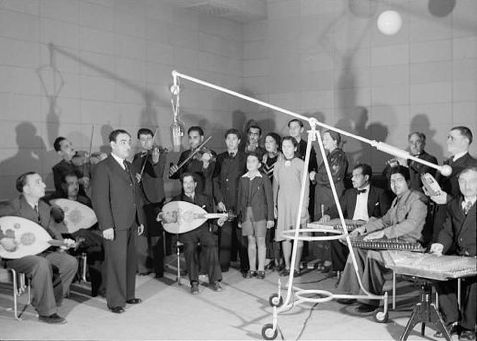 صورة أرشيفيّة: إذاعة الشرق الأدنى