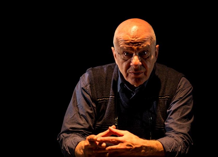 الفنان يوسف أبو وردة